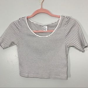 DIVIDED | Black White Striped Crop Top Tee
